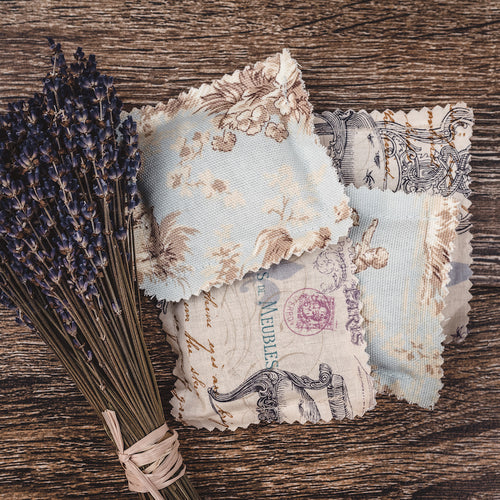 Lavender natural scented sachet with lavender buds and lavender essential oil from Willow & Birch Apothecary