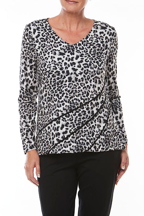 L/S Animal Print with Contrast