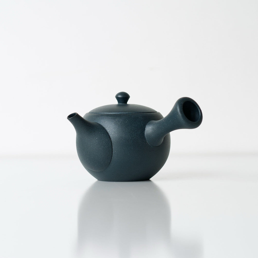 AIIRO KYUSU 240ml | Japanese Teapot - Zen Wonders Tea