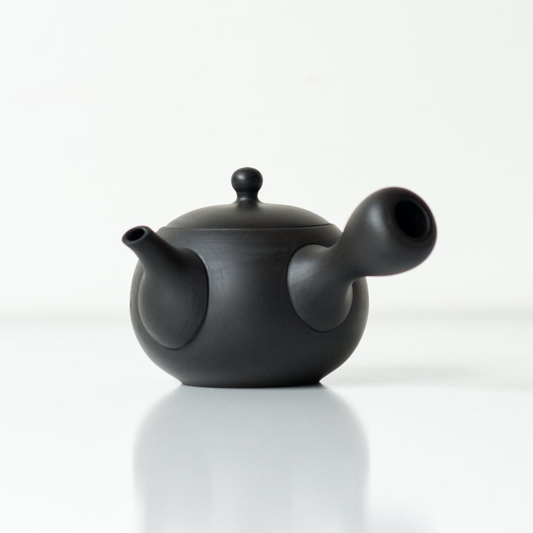 BLACK JINSUI KYUSU 180ml | Japanese Teapot - Zen Wonders Tea