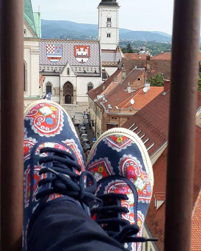 Startas Croatian hearts vegan canvas sneaker