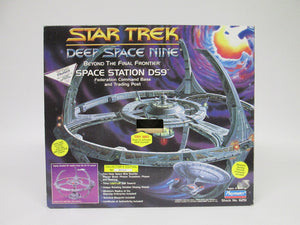 Star Trek Deep Space Nine Space Station DS9 Federation Command Base and Trading Post (1994)
