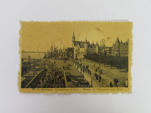 Vintage Post Card Antwerpen Aanlegplaats en Steen Anvers Le Debarcadere er la Steen (Stain on back)