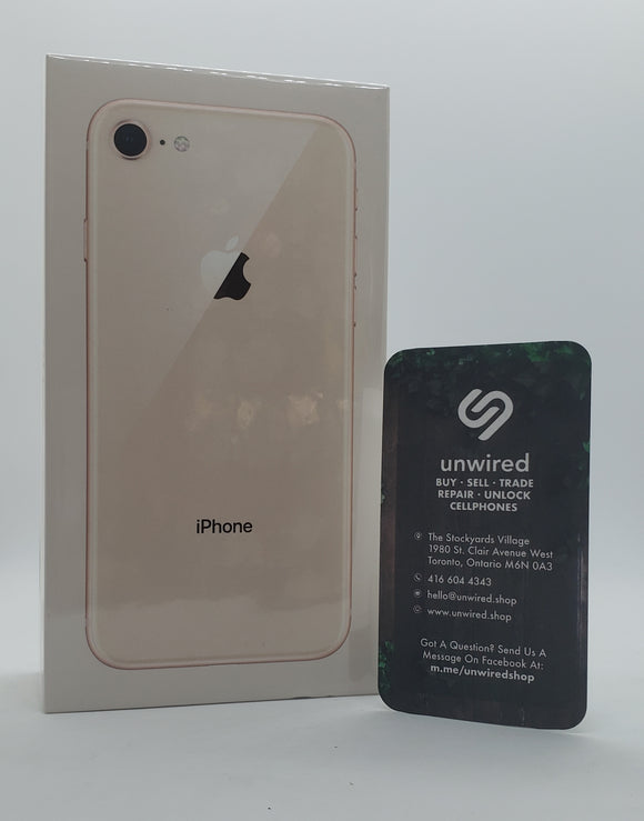 Apple iPhone 8, Gold (64GB) / Unlocked