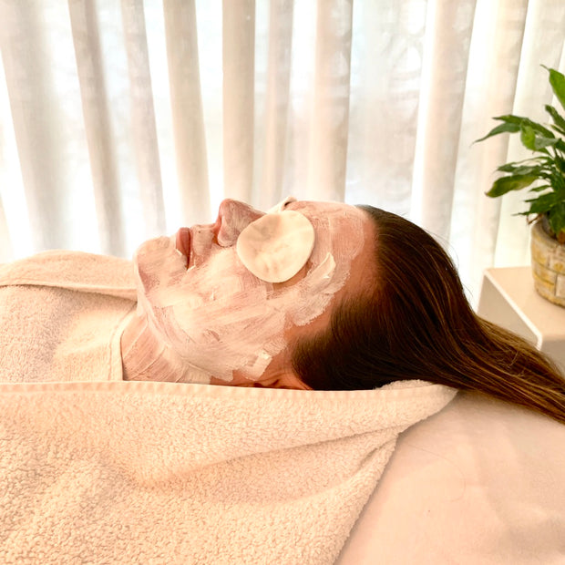 REHYDRATION SMOOTHING FACIAL