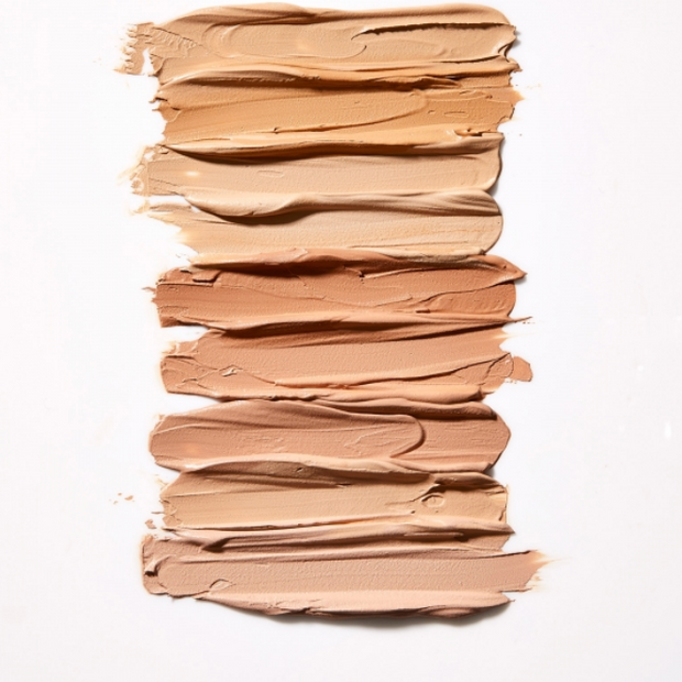 MATTE LIQUID MINERAL FOUNDATION - CURTIS COLLECTION