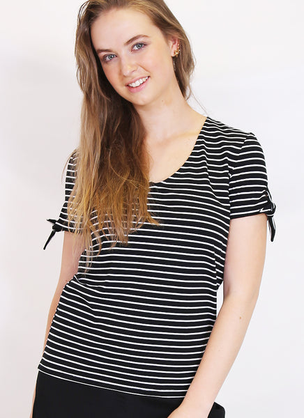 Tie sleeve tee- in stripe