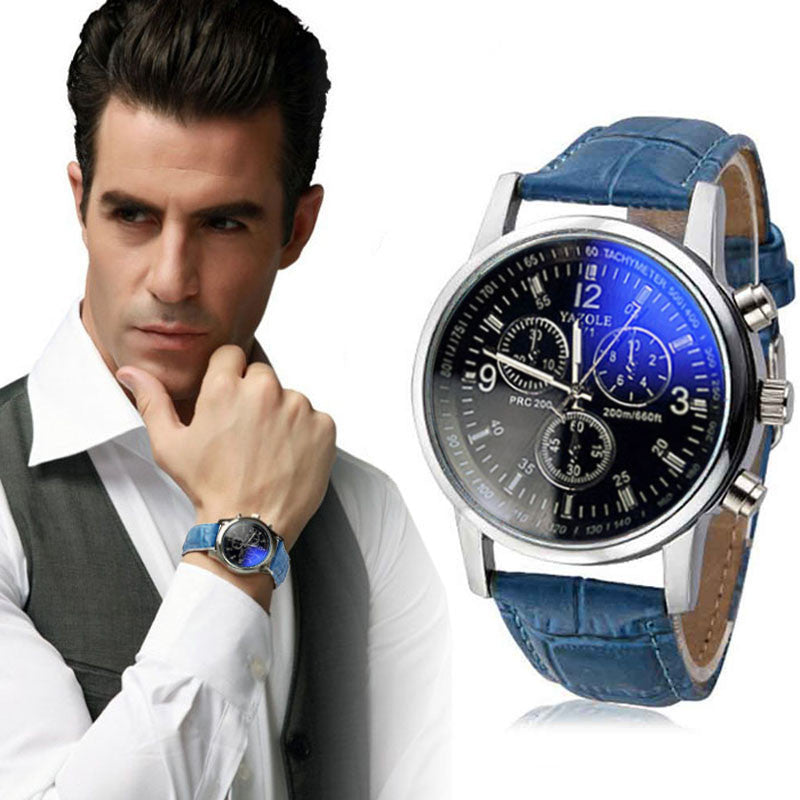 Casual Leather Analog Wristwatch