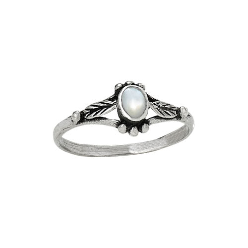 Mother of Pearl Leaf Silver Ring