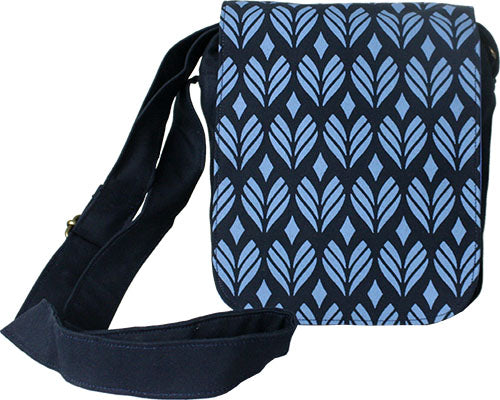 Small Messenger Bag Blue Petal