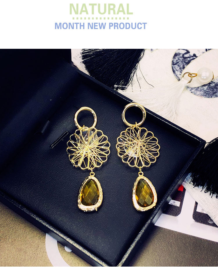 Bird's nest drop earrings