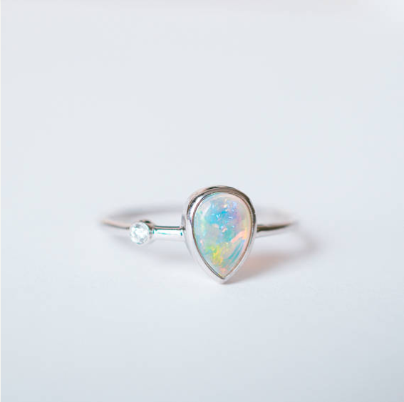 PEARL OPAL RING
