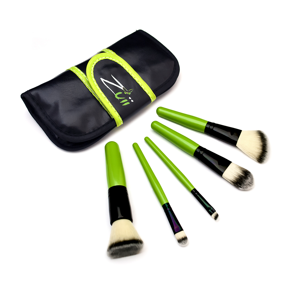 Zuii Organic Vegan, Travel-Size Makeup Brush Set with Kabuki, Concealer, Eyeliner, Foundation and Contour Brush