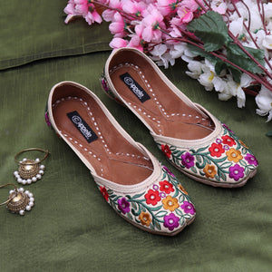 Fabulous For Feet Jutti with bold  thread flowers