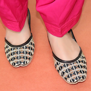 Foot Wear,Fabulous For Feet Black Jutti - Cippele Multi Store