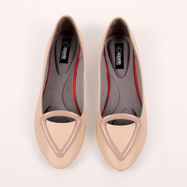Foot Wear,Love that Triangle Basic Flats in Cream - Cippele Multi Store