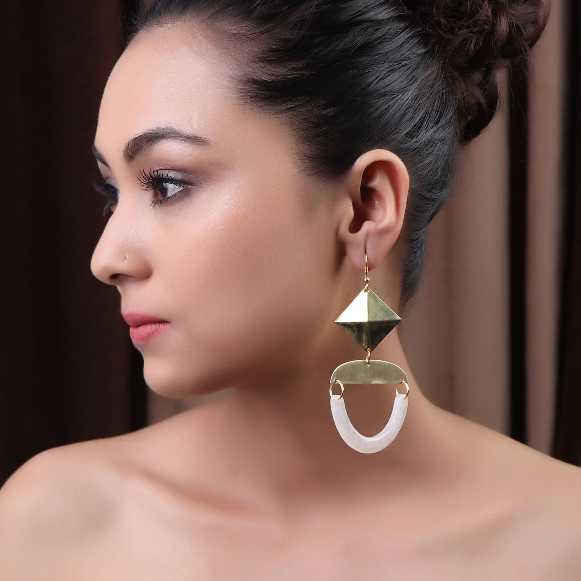 Earrings,The Sling Earring in White - Cippele Multi Store