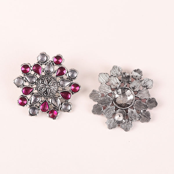 The Pearl Hive Studs in Pink