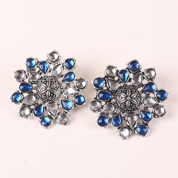 The Pearl Hive Studs in Blue