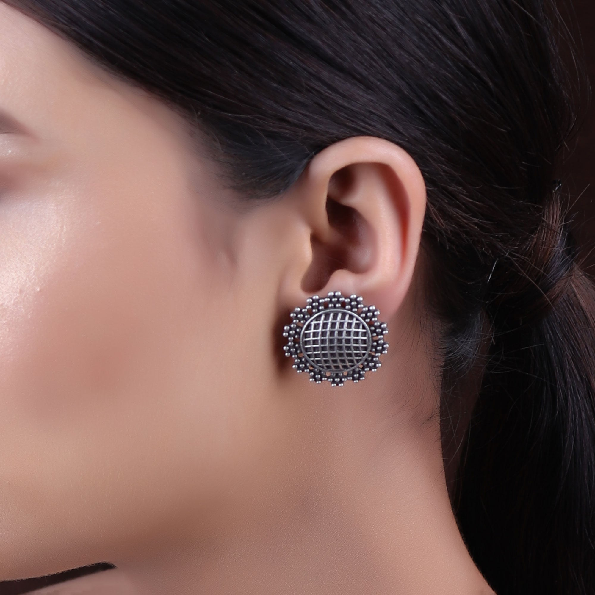 Earrings,The Mesh - Silver Look Alike Stud - Cippele Multi Store