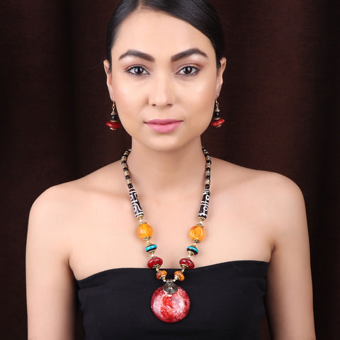 The Celestial Necklace Set in Red