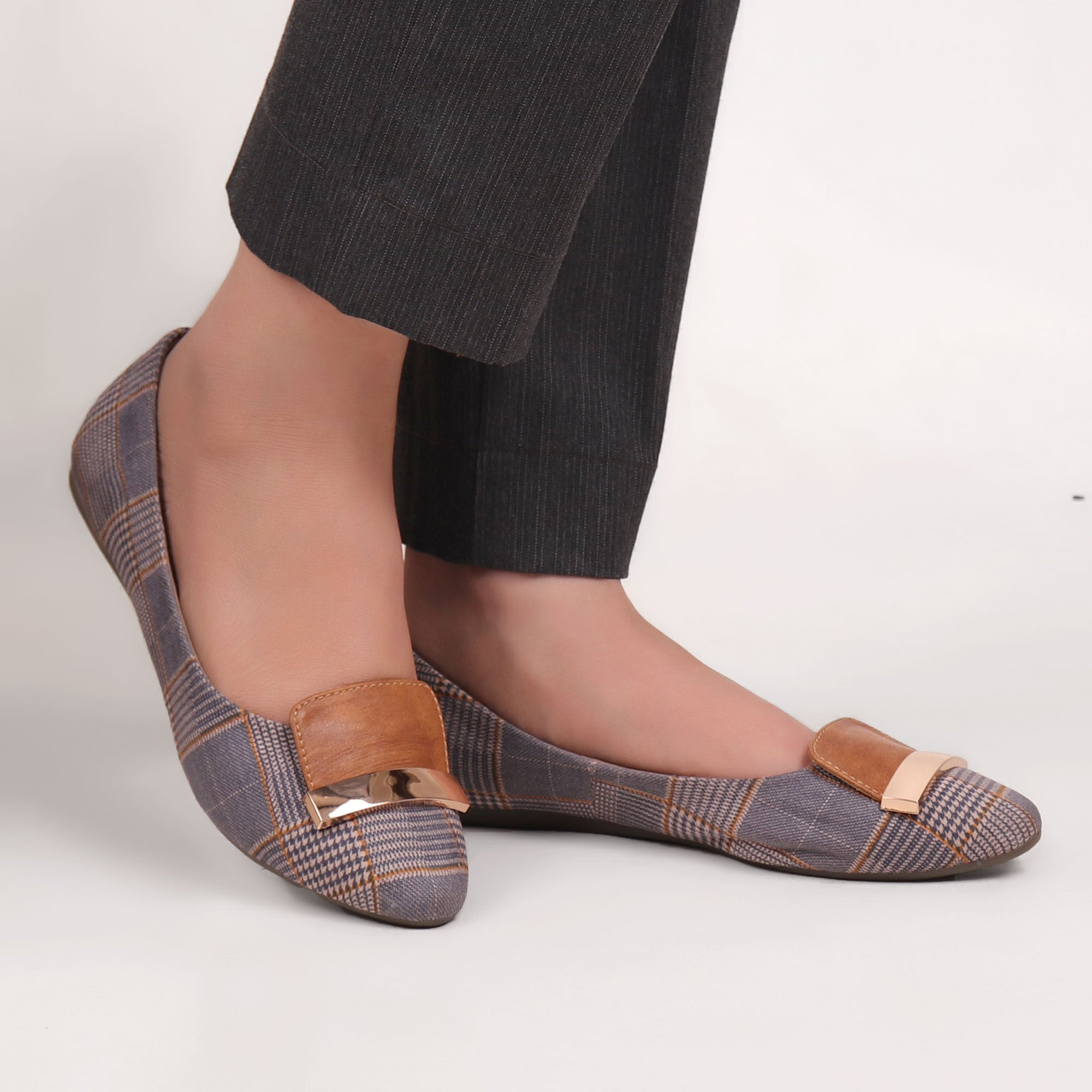 Foot Wear,Metal Strap Check Me Flats - Cippele Multi Store