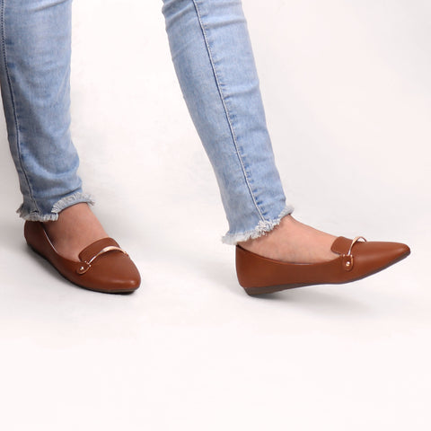 Foot Wear,Riveted Golden Plate Flats in Brown - Cippele Multi Store