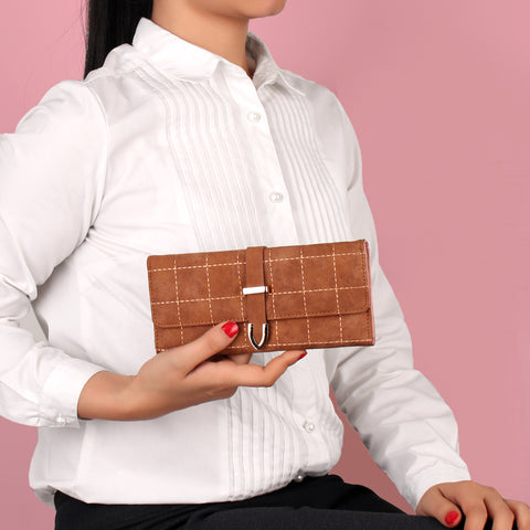 The Boxy Clamped Wallet in Brown