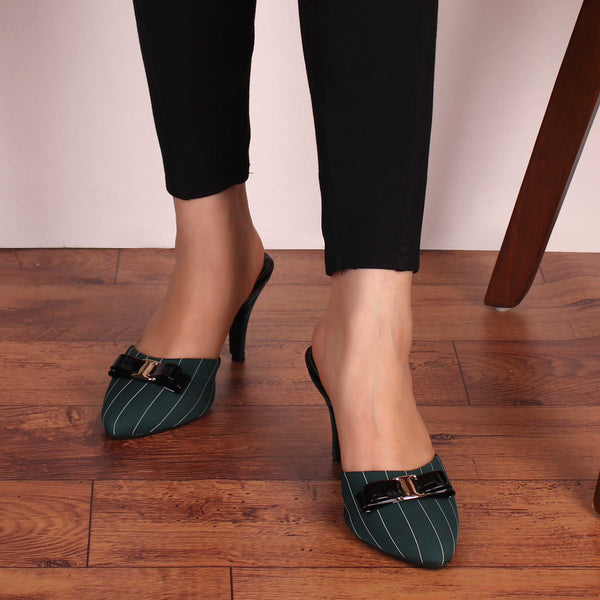 Queen's Formals Heels in Green