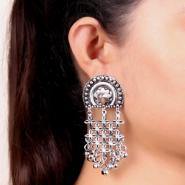 Earrings,Pinch me Floral Dropdown Earrings in Silver - Cippele Multi Store
