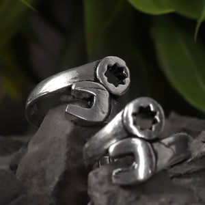 Star Magnate Oxidized Silver Toe Rings (Set of 2)