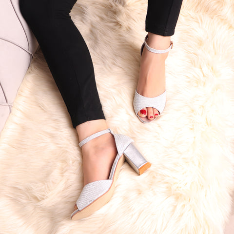 The Gleamy Block Heel in Silver