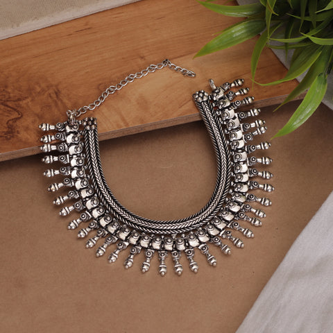 The Swanky Ridged Choker Necklace