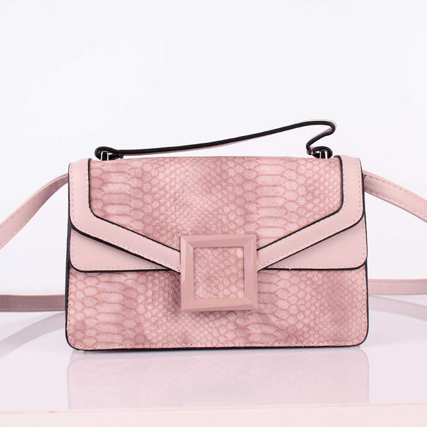 The Sculpture's Hand Bag in Pink