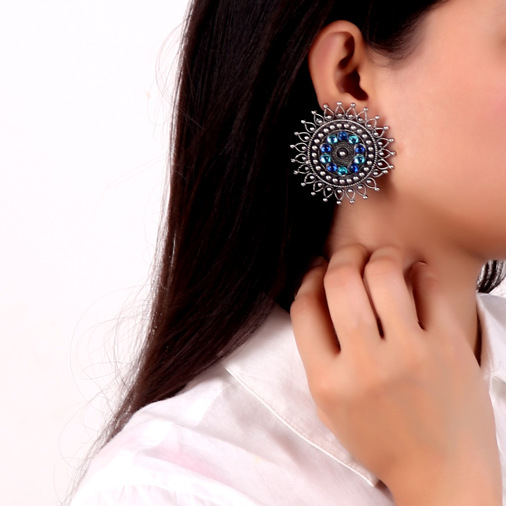 Earrings,Bold Flower Studs - Cippele Multi Store