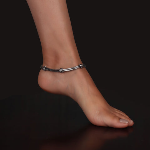 Anklet,The Ring Bud Anklet in Silver (Pair of Two) - Cippele Multi Store