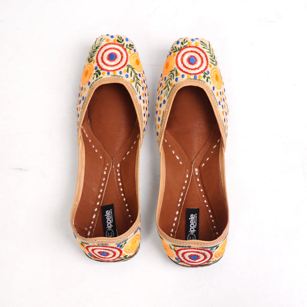 Foot Wear,Polka Play Jutti - Cippele Multi Store