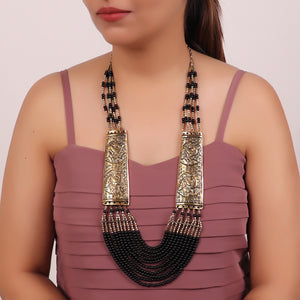 Necklace,Black Beaded Necklace with Golden Plates - Cippele Multi Store
