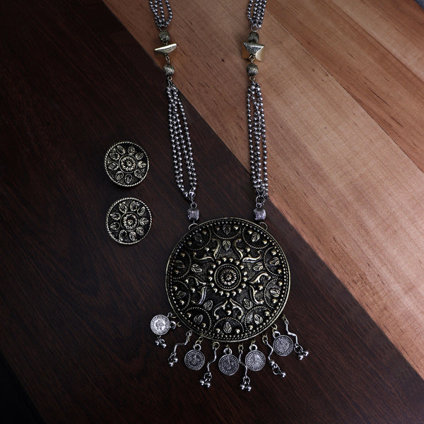 Necklace Set,Floral Punch Round Brass Pendant Set in Dual Tone - Cippele Multi Store