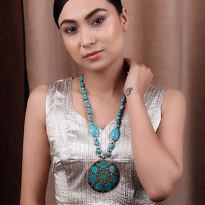 Necklace,The Shield Necklace in Green - Cippele Multi Store