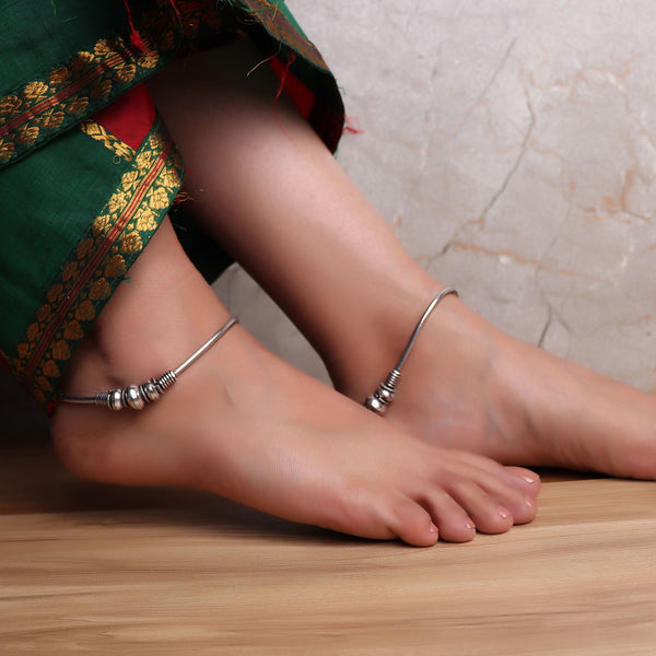 Anklet,Stylish me anklets (Pair of 2) - Cippele Multi Store