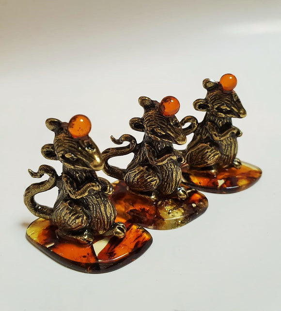 Charm 2020, good luck charm, rat statuette, metal alloy rat, amber mosaic, charm of wealth - UAB Amber