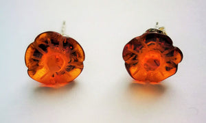 Baltic amber stud earrings,  hand carved daisy , transparent amber, elegant gift - UAB Amber