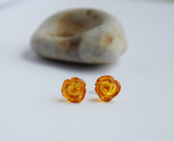 Amber earrings,amber studs,natural Baltic amber,cute small earrings, flower,gift - UAB Amber