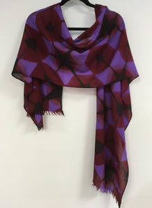 Merino wool scarf in purples