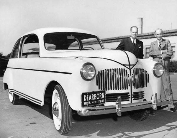 Henry Ford hemp plastic car