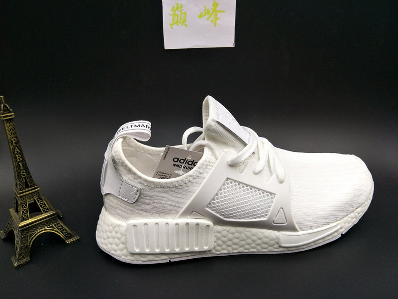 official photos 4ac01 5266d KEEVIN Adidas NMD XR1 White Boost pk running shoes