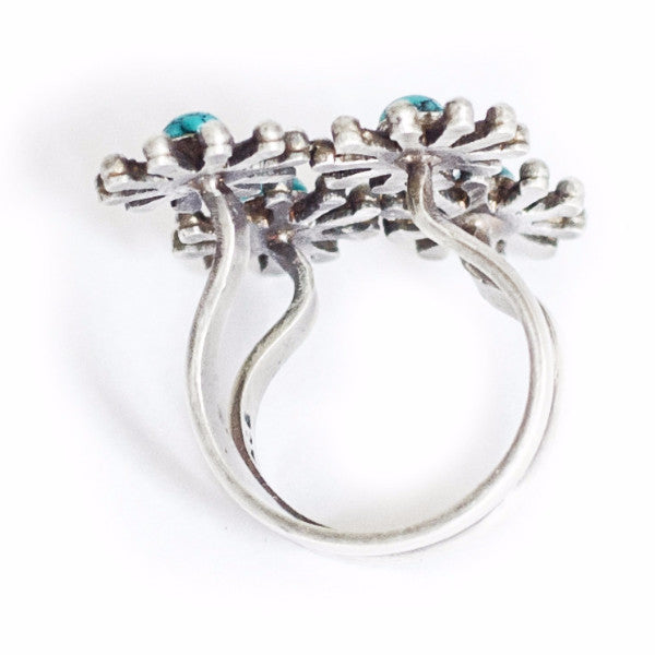 Turquoise flower ring - Quirksmith