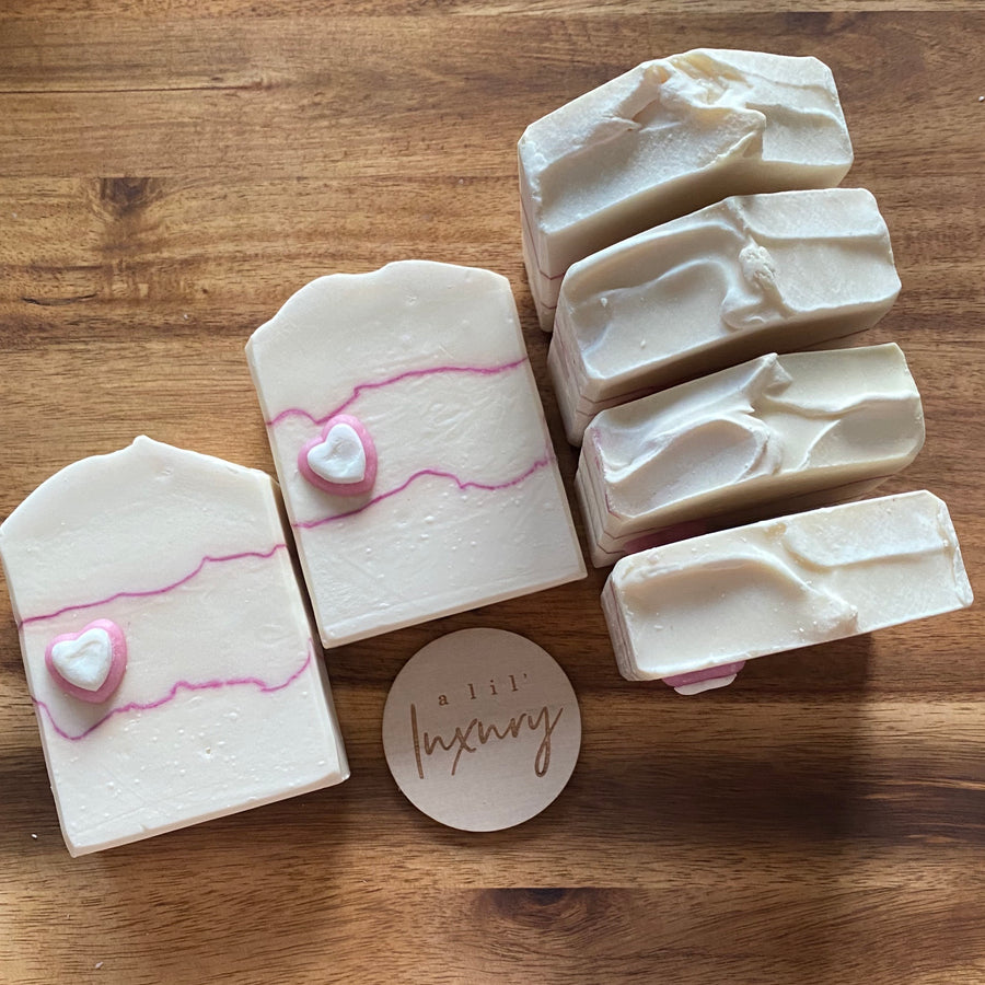 White Musk Luxe Soap Bar