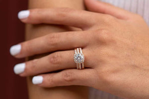 womans wedding ring set